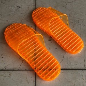 UNISEX Jelly slippers/sandals!